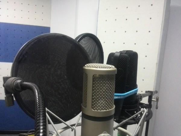 铁三角 AT4040 和 AT4050 录音室电容话筒评测