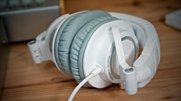 铁三角 ATH-M50 监听耳机国外用户测评分享