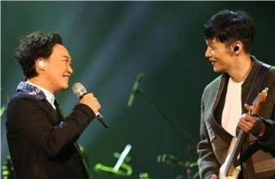现场|陈奕迅翻唱李荣浩的《太坦白》,好听到爆