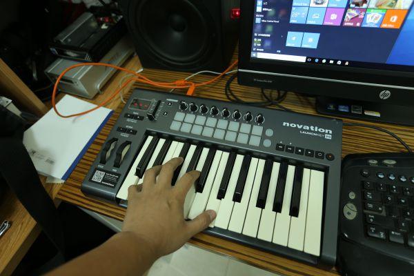 Novation Launchkey 系列 MIDI 键盘试用简单报告