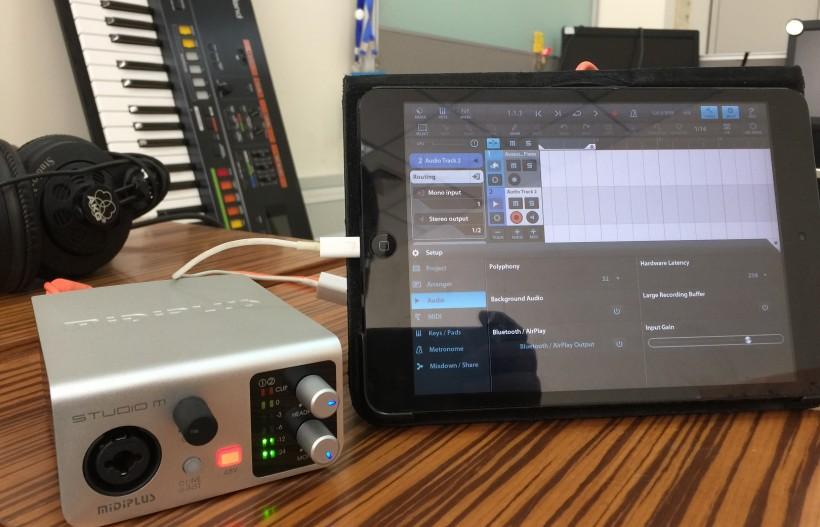 MIDIPLUS 也出小声卡——Studio M 音频接口试用体验与拆解