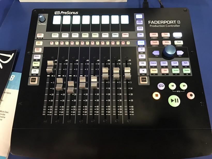PreSonus 带电动推子的 FaderPort 8 控制器一时间上手