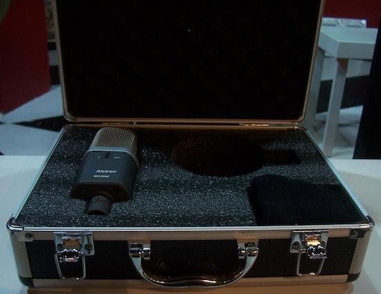 奥创 MC2000 和 MC1400 电容话筒评测