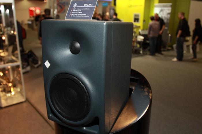 Neumann 纽曼 KH120 有源监听音箱市场价格、产品参数介绍