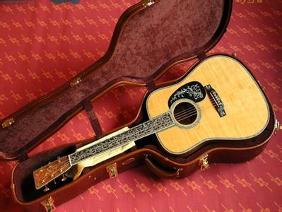 2015NAMM SHOW Martin吉他 超强战舰