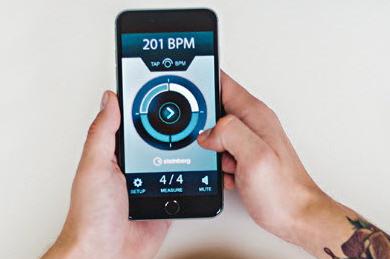 Steinberg发布免费的节拍器移动应用Smart Click