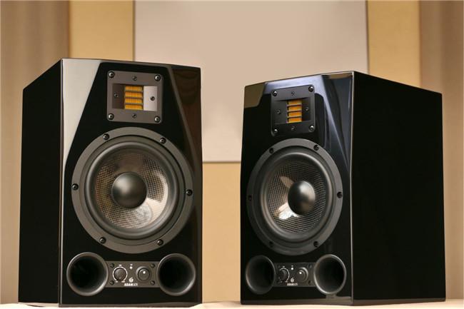 ADAM Audio A7X七周年钢琴漆限量纪念版发布