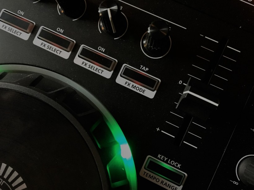 Roland 为 DJ 系列控制器发布 1.10 固件更新,加入新功能和音色