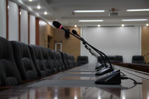如何正确选择合适的会议室音响