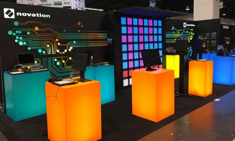 Novation 建造了一个由 64 台 Launchpad Pro 组成的展示墙