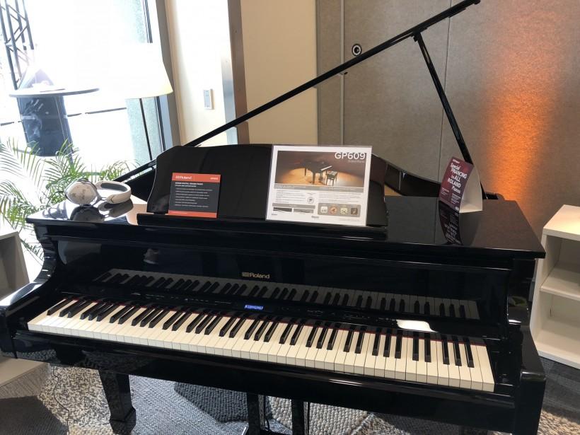 Roland GP609 三角钢琴一时间上手