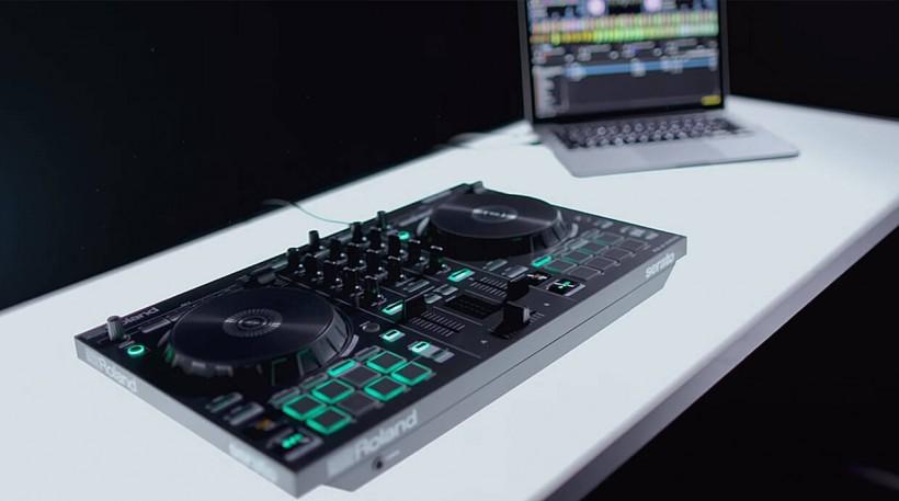 DJ-202 用户福利:Roland 将提供免费 Serato DJ Pro 升级和其他大礼包