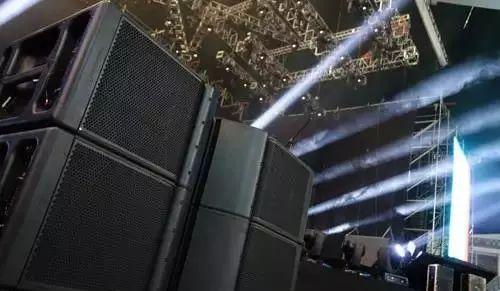 怎么达到演唱会较佳效果?演唱会音响系统设计大揭秘!