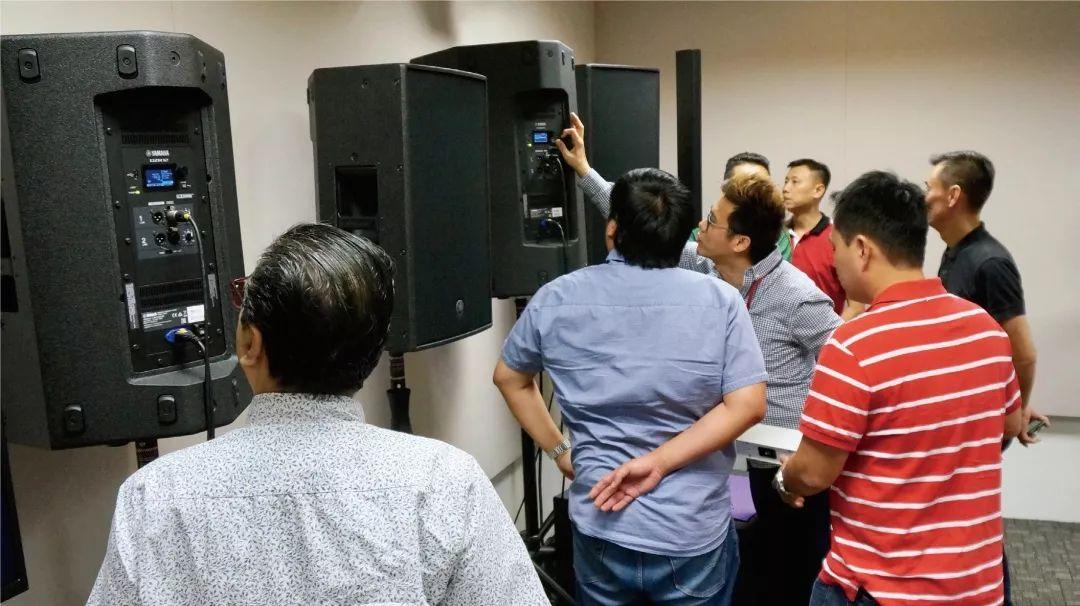 雅马哈推出CZR和DZR系列扬声器