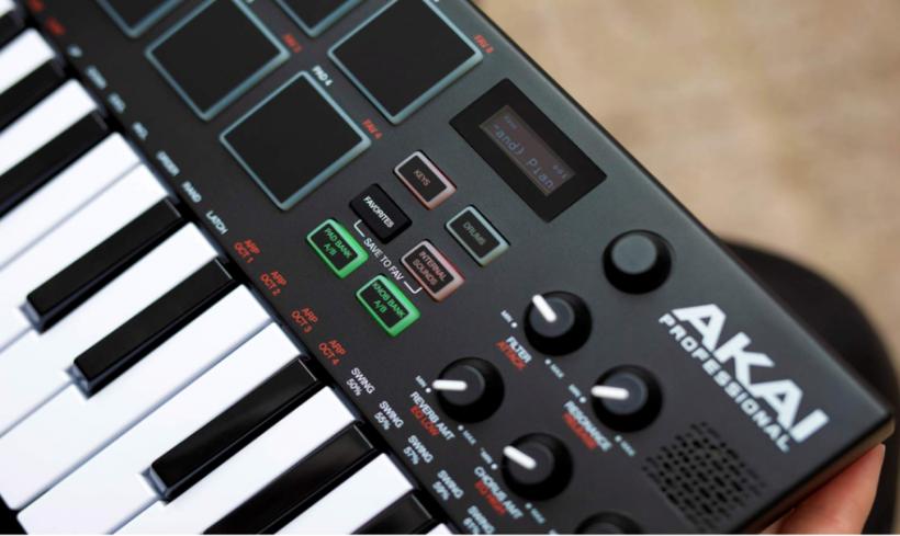 评测:AKAI MPK Mini Play MIDI 键盘合成器