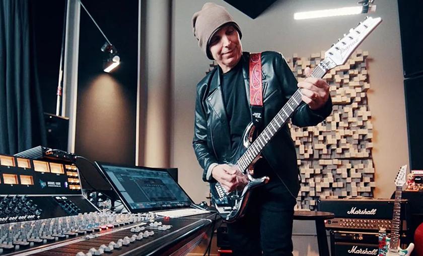 传奇吉他手oe Satriani 分享在录音时如何让吉他出色发声