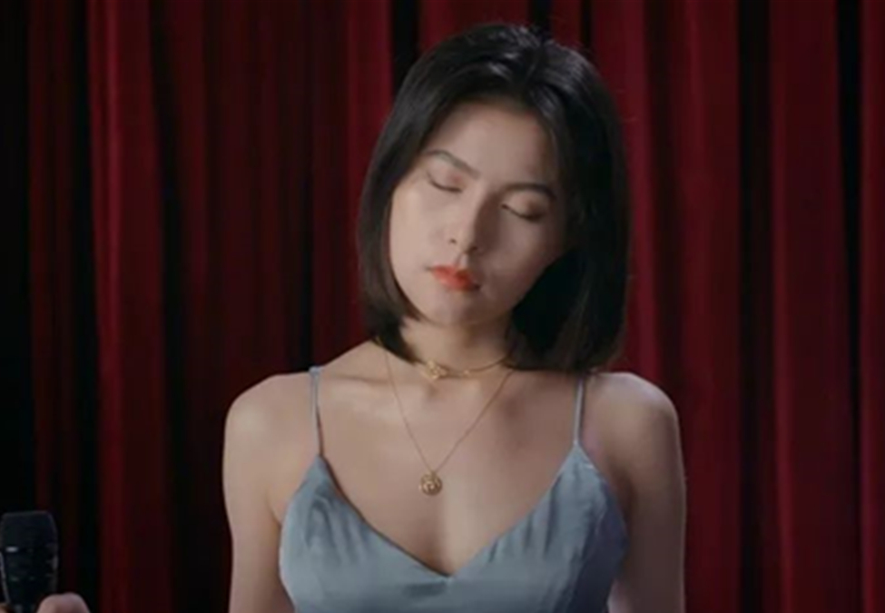 歌手王凯琪:舒尔MV51录音麦克风,大声唱出我的不凡