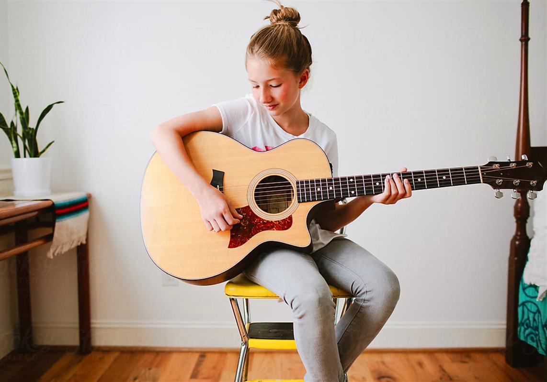 吉他初学者也能学会的快速移调小妙招
