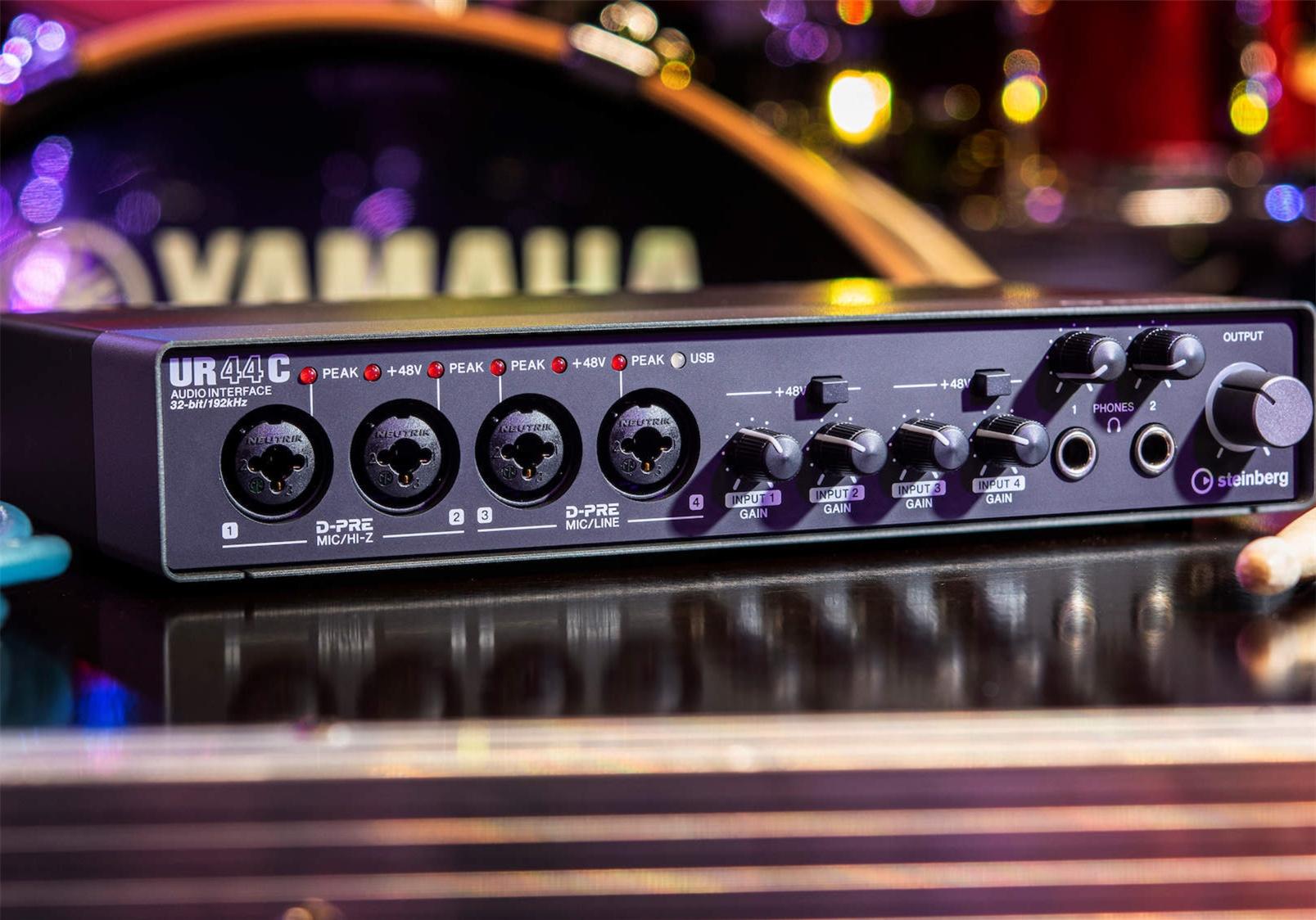 便携式音频接口雅马哈UR44C怎么样?雅马哈UR22C声卡产品介绍
