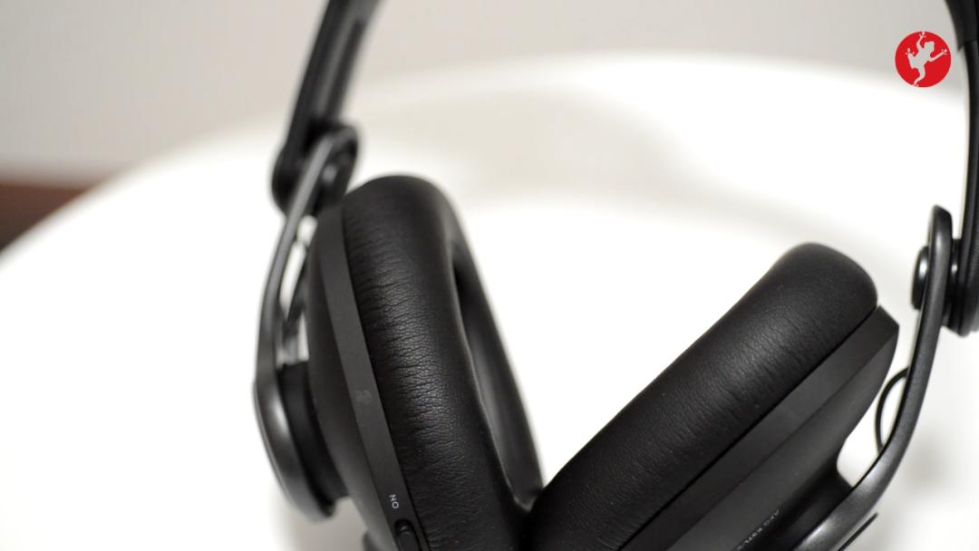 新版 AKG K371-BT 耳机评测