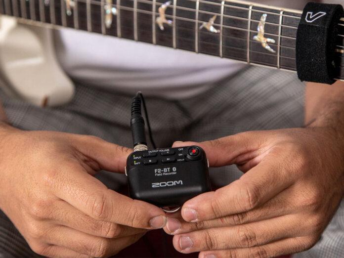 Zoom 推出新品F2迷你录音机