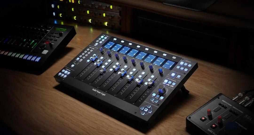 SSL 推出 UF8 全数字宿主控制器