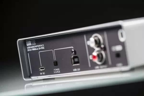 Steinberg UR12 便携式高精度声卡介绍