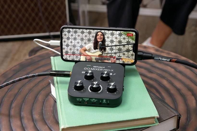 Roland 发布新一代 GO:MIXER PRO-X 智能手机专用混音器