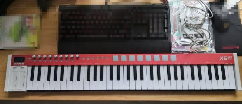 高质量 MIDI 键盘测评:MIDIPLUS X6 Pro Mini