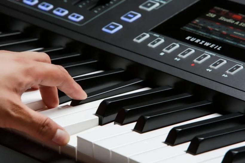 KURZWEIL 推出更具性价比的88键音乐工作站 PC4 SE,音色和旗舰款一致