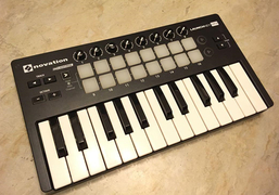 诺维逊 Novation Launchkey mini mk2 开箱评测