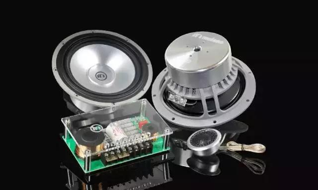 音箱是如何呈现出高低音?探秘音箱内的分频器!